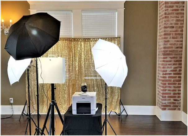How Photo Booth Hire can Boost Brand Engagement and Awareness?